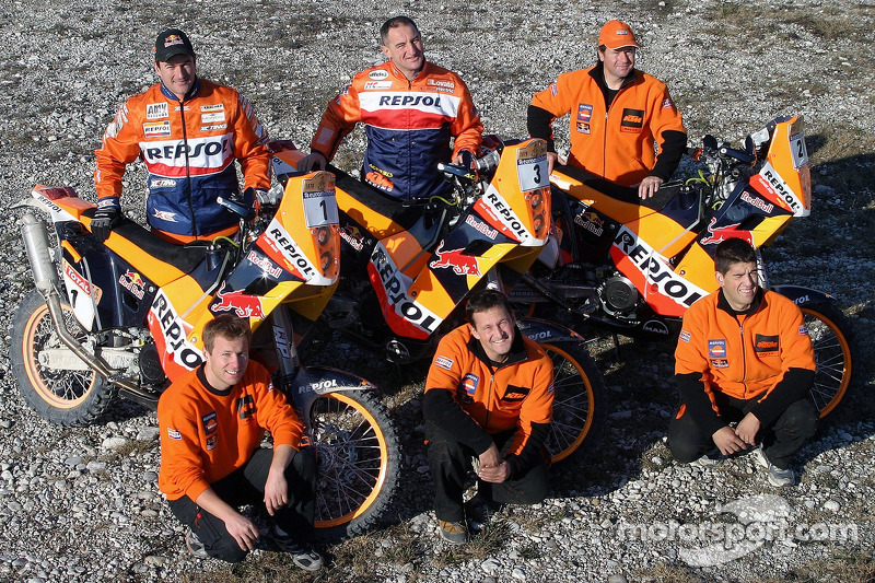 Dakar rally 2006-team repsol-ktm-jordi viladoms-marc-coma-and-John-common