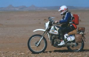 DAKAR 1984 Patrick Vallet finishes the race on his Yamaha DT125 notice the Roadbook holder with leaves in the wind!