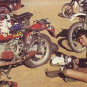 Fenouil e Herbert Scheck in  un momento di riposo della Dakar 1983